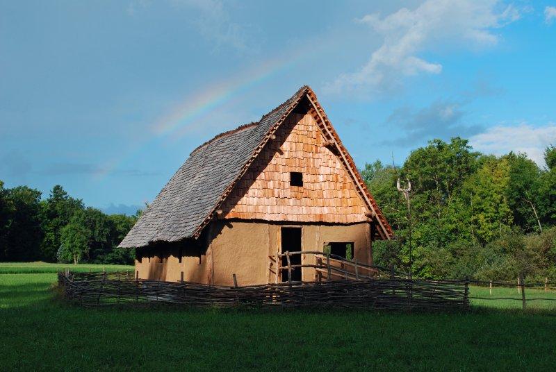 Regenbogen_Bronzehaus_2